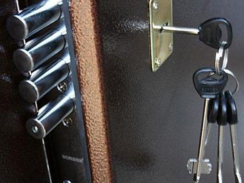 Металлические двери – взгляд изнутри